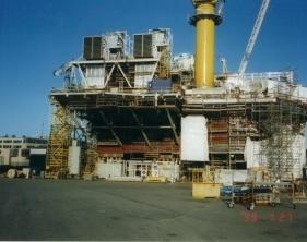 Ställningsbyggare på gasplattform